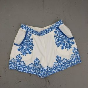 MOVING SALE White & Blue Print Short